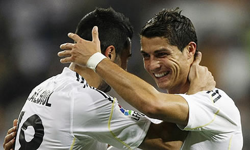 cristiano-ronaldo-479-celebrating-goal-with-raul-albiol-real-madrid-2012