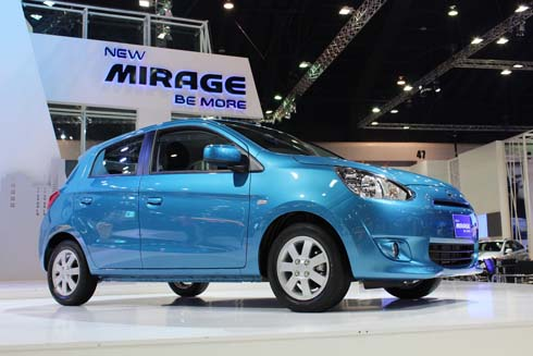 mitsubishi-mirage-2012-showroom