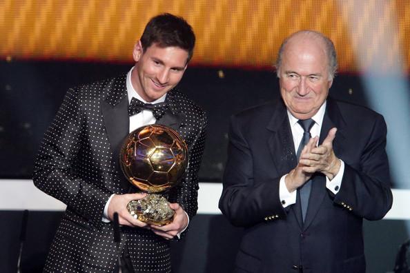 Lionel+Messi+FIFA+Ballon+Gala+2012+JpARx-qOM0tl