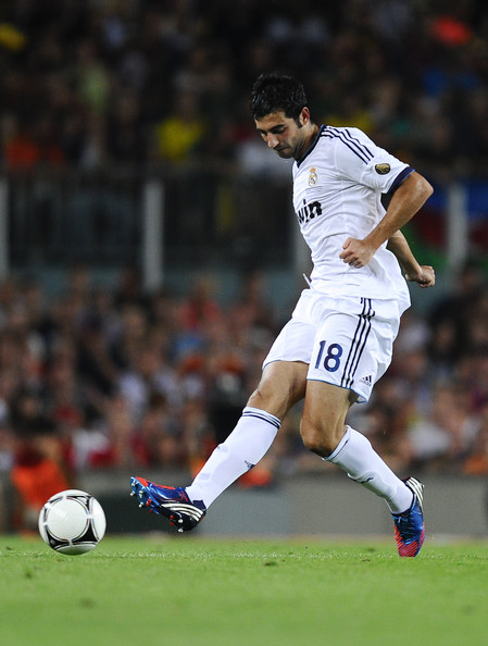 Raul+Albiol+Barcelona+v+Real+Madrid+Supercopa+AGPRpJNA5Agl